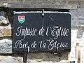 Rue du village de Cadeilhan-Trachère (Hautes-Pyrénées) 1.jpg