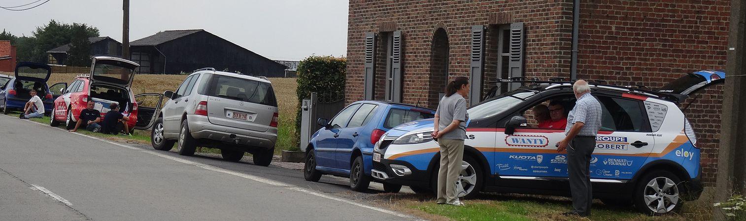 Rumillies (Tournai) - Tour de Wallonie, étape 1, 26 juillet 2014, ravitaillement (A13).JPG