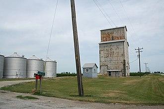 Champaign County, Illinois - Image: Rural Champaign County grain elevator