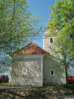Saint Gertrude Church, Pavlova vas 04.JPG