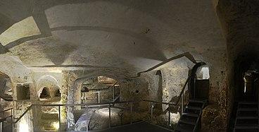 Saint Paul catacombs 02.jpg