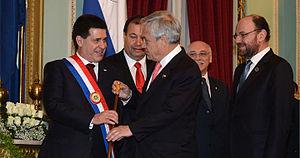 Saludo de Piñera a Cartes