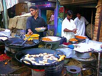 Shikarpur, Sindh - Samosa Making at Hathi dar Shikarpur