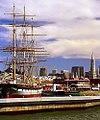 "San Francisco - Hyde Street Pier ""Balclutha Ship & Transamerica Building"" (1015171240).jpg"