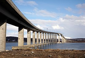 Sandnessund Bridge 2014.jpg