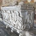 Sarcofago 38 con caccia al cinghiale calidonio con coniugi su coperchio (fine del III sec.), 07.JPG