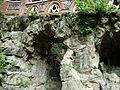 Schio, Giardino Jacquard - grotte.jpg