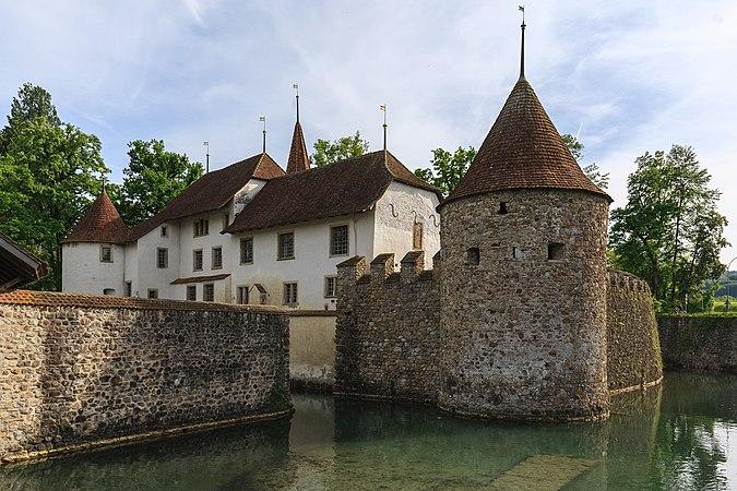 Schloss Hallwyl 01.jpg