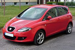 Seat Altea Stylance 2.0 FSI Emotionrot.JPG