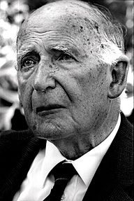 Sir bernard lovell photo.jpg