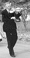 Sjur Torbjørnson Øvsthus spelar til bryllup i 1959.jpg