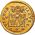 Solidus Valentinian II trier RIC 090a (cropped).jpg