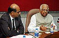 Somnath Chatterjee with the Presidents of the Parliamentary friendship groups formed by the Lok Sabha Secretariat, in New Delhi on May 23, 2006. The Secretary, Ministry of External Affairs, Shri Shyam Saran is also seen.jpg