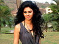 South Indian actress Kamna Jethmalani's photo-shoot (5).jpg
