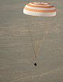 Soyuz TMA-08M landing (04).jpg