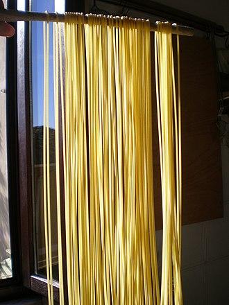 Spaghetti - Image: Spaghettoni