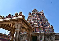 Sri Ranganathaswamy Temple, dedicated to Vishnu, in Srirangam, near Tiruchirappali (4) (36801490094).jpg
