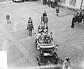 Staatsbezoek Franse president Coty aan Nederland. Amsterdam, middag rijtoer, aa…, Bestanddeelnr 906-6087.jpg