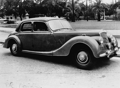 StateLibQld 1 121984 1950 Riley 2 1-2 litre four door saloon