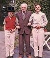 Stefan Anderson & 2 grandsons 1961.jpg