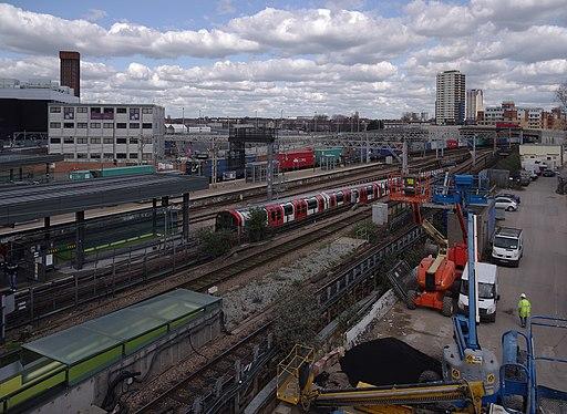 Stratford station MMB 13 1992-Stock