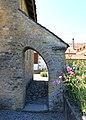 Suisse, Avenches, chapelle romane à Donatyre ter.jpg