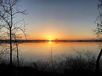 Sylvan Lake (Alberta) - Image: Sunset Over Sylvan Lake