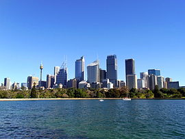 Sydney -from a ferry-1Aug2009.jpg