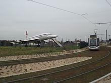 T7 tram Porte de l'Essonne I.JPG