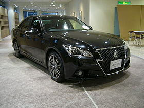 TOYOTA CROWN S210 Athlete 01.JPG