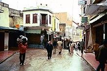 Questa immagine ha l'attributo alt vuoto; il nome del file è 220px-Tangier_Medina_05.jpg