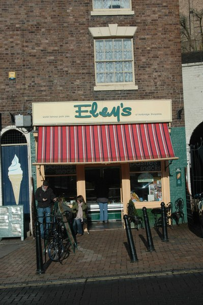 File:The Pie Shop - geograph.org.uk - 690328.jpg