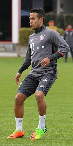 Thiago Alcântara a FC Bayern München színeiben 2017-ben