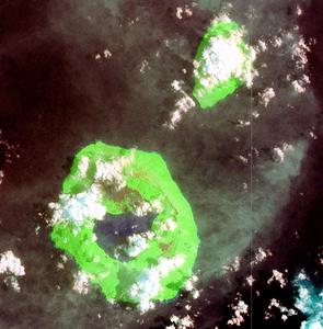 NASA-Satellitenbild (Geocover 2000)Tofua ist die größere InselIm Nordosten liegt Kao