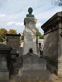 Tombe de Pierre Larousse.JPG