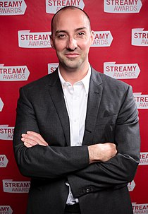 Tony Hale at the 2010 Streamy Awards (cropped).jpg
