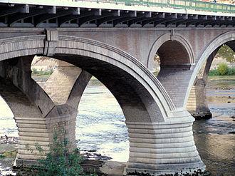 Paul Séjourné - Image: Toulouse Pont des Catalans 2