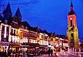 Tournai Grand-Place bei Nacht 2.jpg
