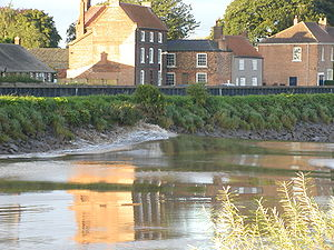 Tidal bore - The Trent Aegir seen from West Stockwith, Nottinghamshire, 20 September 2005