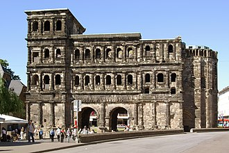 Porta Nigra - The Porta Nigra viewed from the town side (south).