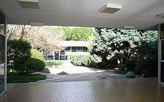 Autonomous University of Aguascalientes - Image: UAA Jardín Rectoría
