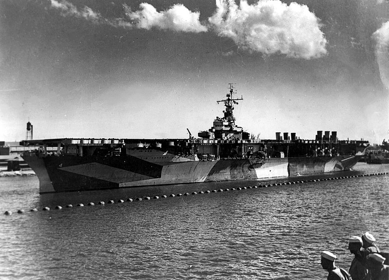 ファイル:USS Ranger (CV-4) at Pearl Harbor, in 1944 (NNAM.1996.488.013.029).jpg