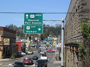 U.S. Route 101 in Washington - US 101 approaching downtown Aberdeen