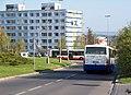 U modré školy - Opatovská, autobusy.jpg