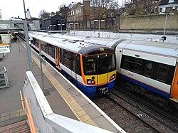 Unit 378147 at Highbury & Islington.jpg