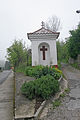 Výklenková kaplička v Srbsku u Berouna.JPG