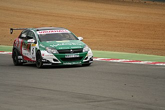 Triple Eight Racing - Tom Chilton driving a Triple 8 prepared Vauxhall Astra at Brands Hatch circuit