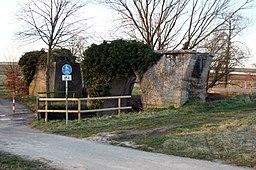 """Viadukt, Überrest der Lokalbahn Neustadt-Speyer (""""Pfefferminzbähnel"""") bei Freisbach, Lkr. Germersheim."""