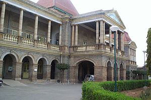 Bangalore Medical College and Research Institute - The old building of Victoria Hospital