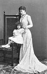 Victoria Melita Grand Duchess of Hesse with her daughter Princess Elisabeth.jpg